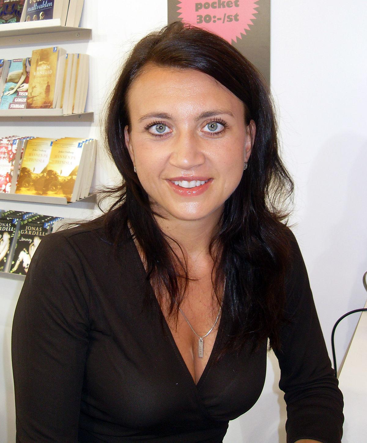 escritora-camilla-Läckberg