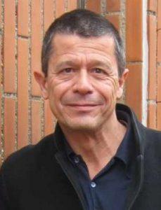 escritor Emmanuel Carrère