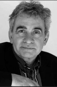 escritor Bernardo Atxaga