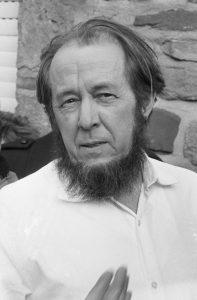escritor Aleksandr Solzhenitsyn
