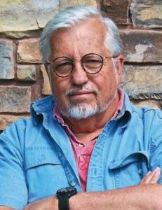escritor Dan Simmons