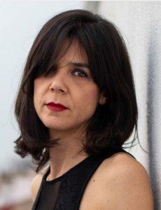escritora Lara Moreno