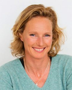 escritora Elma van Vliet