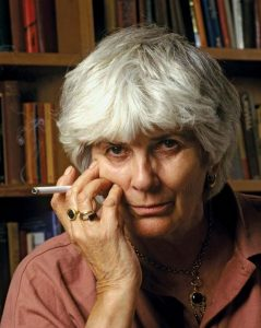 escritora Elizabeth Jane Howard